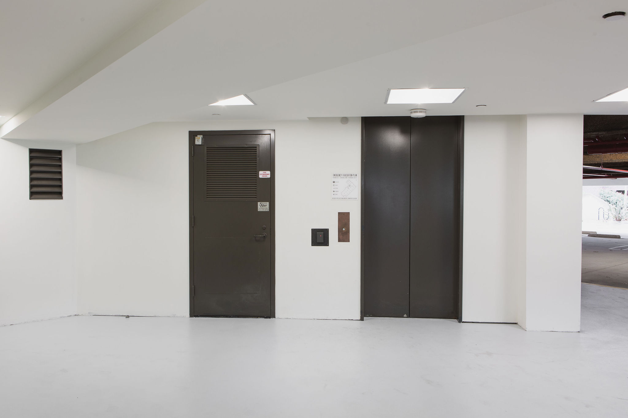 17300_redhill_after_elevator