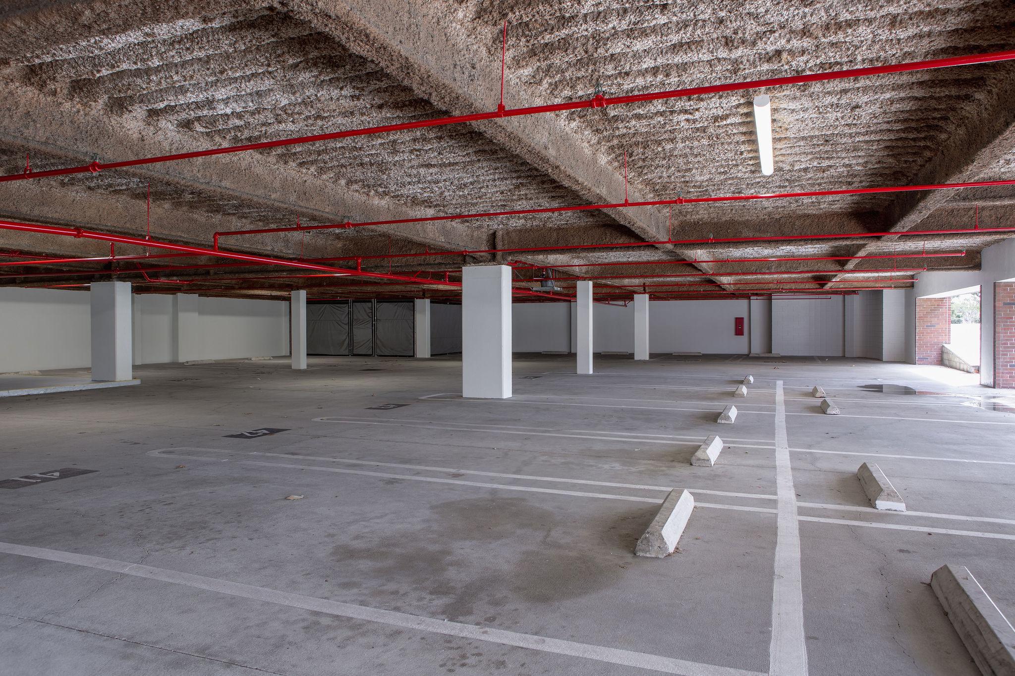 17300_redhill_after_parking_garage