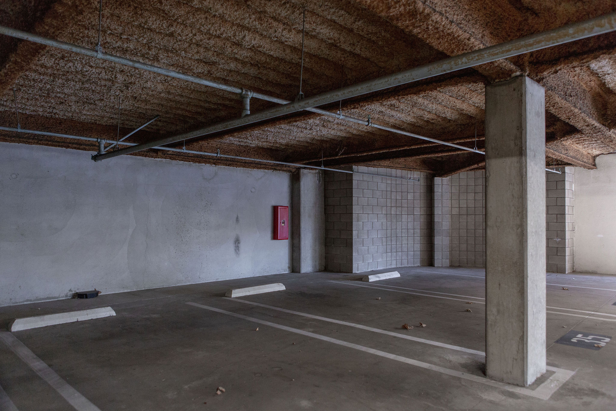 17300_redhill_before_parking_spot